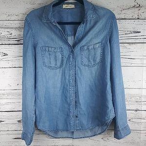 Bella Dahl jean button up shirt size medium